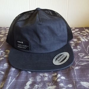 Black Hurley snap back